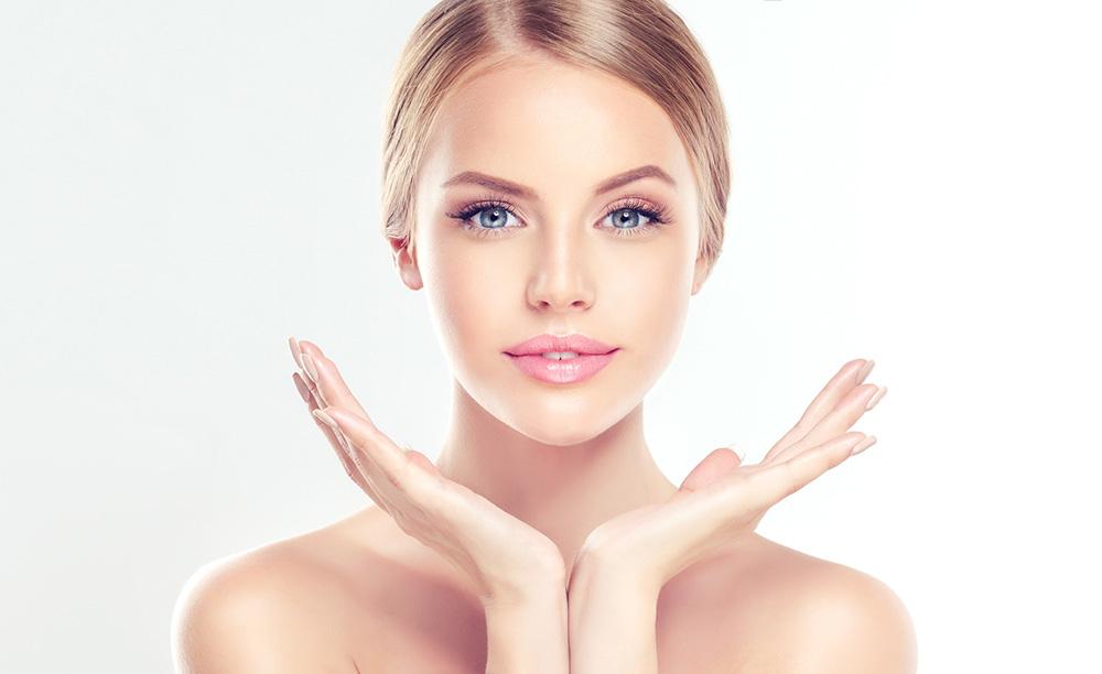 Glatte Haut dank Mikroneedling-Behandlung
